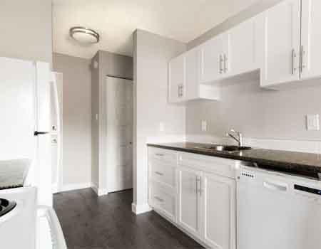 Woodlands Manor: Apartments for rent Calgary Alberta